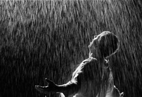db654-bajo-la-lluvia